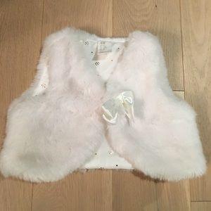 H&M Jackets & Coats - H&M Furry Vest Size 4-6 Months